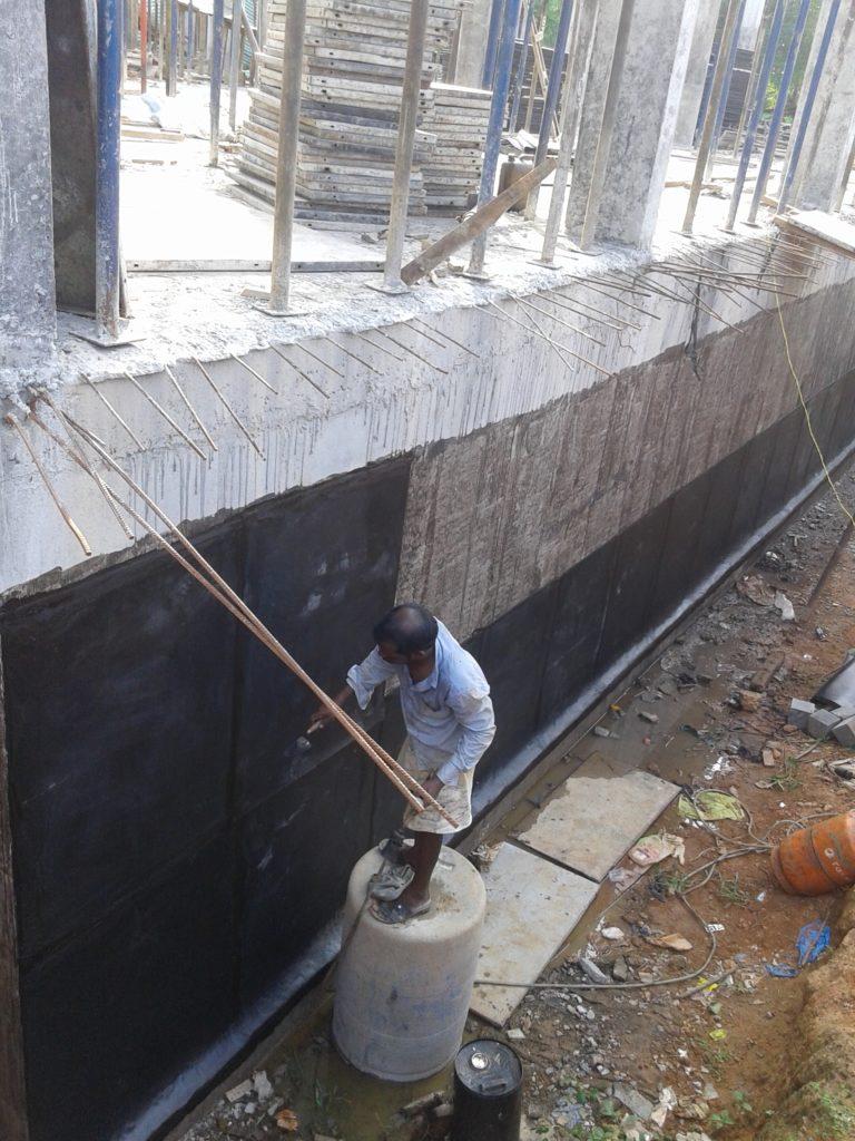 APP bitumen membrane work in flat basement walls